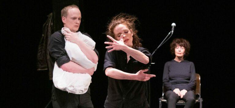 Premiere Theater Tanzkonzert – Dunkle Wolk – Der Bau